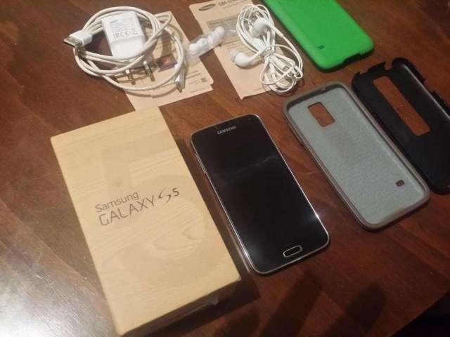 samsung galaxy s5 en caja como nuevo con todo original!!!