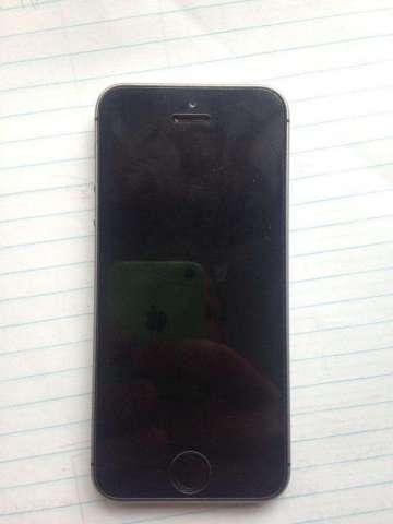 iPhone Se de 64 Gigas
