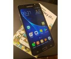Samsung Galaxy J7 2016 en Caja Libre