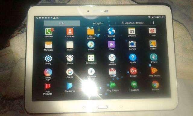 Tablet celular marca Samsung modelo tab4 MS. T531 de 16gb