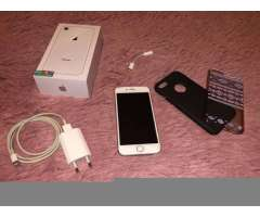 iPhone 8 64 GB con Accesorios Originales