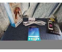 Samsung Note 5 con Detalles de Carcasa