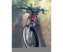 Bicicleta Y 3000 por Una Moto